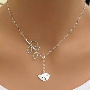 Jewelry - 💎💎 Silver Bird Branch Necklace